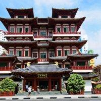 Храм Священного Зуба Будды :: Андрей K.