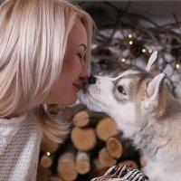 Девушка и щенок :: Юлия