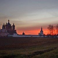 Вечерний монастырь :: Дубовцев Евгений