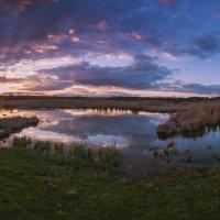 закат на озере :: Алина Гриб