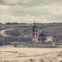 Церковь Рождества Пресвятой Богородицы :: Роман Царев