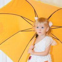 Тяжёл ты,зонт,а дождика всё нет! :: A. SMIRNOV