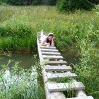 В васнецовских местах, но не Алёнушка... :: Марина Китаева