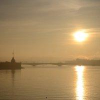Восходнад туманом :: Александр Зенченко