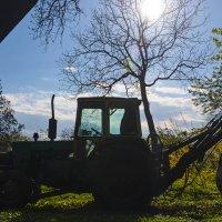 Трактор в профиль :: Олег Нигматуллин