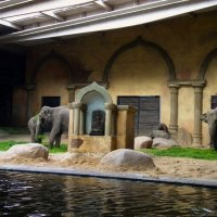 Резиденция слонов :: Nina Yudicheva
