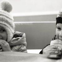 Дружба дружбой, а еда ...)) :: Алена Афанасьева