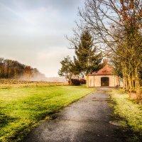 Осеннее утро в немецкой деревне....................... :: Александр Селезнев