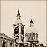 Церковь святого великомученика и целителя Пантелеимона :: Galina Belugina