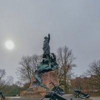 Памятник Макарову :: Galina