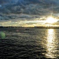 Суровый апрельский закат...)) :: tipchik