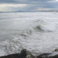 Море волнуется раз... :: Людмила