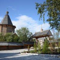 Монастырское подворье :: Олег Гулли