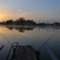 Рассвет на рыбалке. :: Сергей