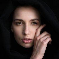 Hello :: Денис Дрожжин