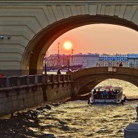 Прогулка по каналам Санкт-Петербурга :: Валентин Яруллин
