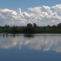 Плывут облака в страну счастья :: Нина северянка
