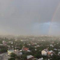 а здесь дождя нет... :: Евгений Носков