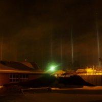 Световые столбы. Мороз -20. :: Евгений Носков
