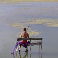 Девочка на рыбалке :: Алексей Климов