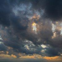 небо хмурое :: Никита Храмцов