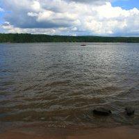 Озеро в Лосево :: Дамир Ялышев