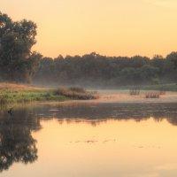 Рассвет на озере :: Сергей Фомин