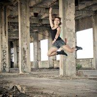 в прыжке :: Юлия Золотарева