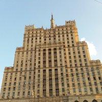 Сталинская высотка на Кудринской площади у м Баррикадная. :: Наталья Денисова