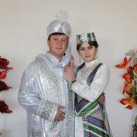 Жених и невеста :: Михаил Костоломов