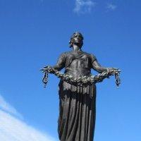 """Монумент """"Родина-Мать"""" на Пискаревском кладбище :: Маера Урусова"""