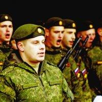 На парад :: Александр Запылёнов