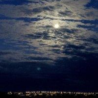 моя луна :: Тот-Самый Санек