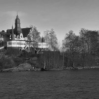 Замок на островке во фьорде. :: M Marikfoto