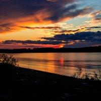 пламенный закат :: Tatyana Belova