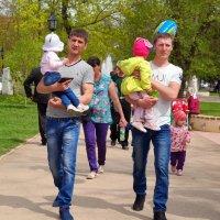 Папины дочки :: Андрей Заломленков