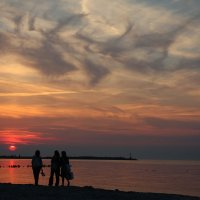 Закат на Балтийском море :: Олег Гулли