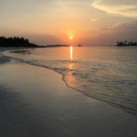Закат на Мальдивах. :: Татьяна Калинкина