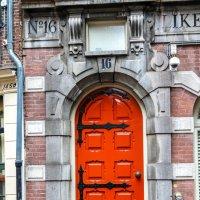 Двери Амстердама :: Петр