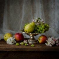 С фруктами :: Вера