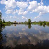 Река Преголя в облаках.. :: Антонина Гугаева