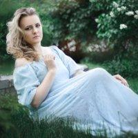 889 :: Лана Лазарева