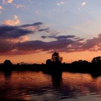 Дивные краски заката. :: Антонина Гугаева