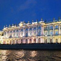 На Дворцовой набережной :: Aнна Зарубина