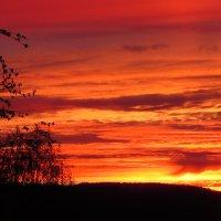 Пожар в небе :: Валерий A.