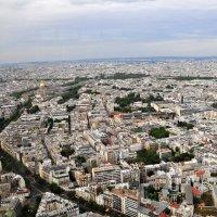 Над крышами Парижа ! :: Валерий Подорожный