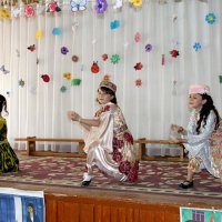 Узбекский танец :: Михаил Костоломов