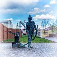 Памятник пожарному во Владимире :: Dimirtyi