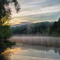 утро.река.туман на воде.. :: юрий иванов