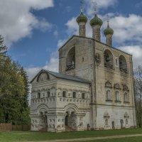 Церковь Иоанна Предтечи. Звонница. ХVII век. :: Михаил (Skipper A.M.)